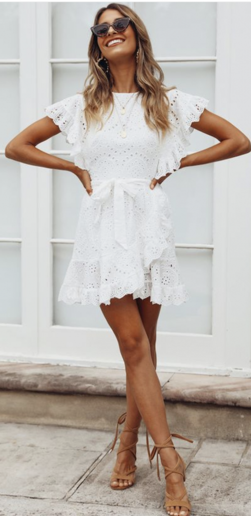 How to Wear a White Dress: 6 Tips And