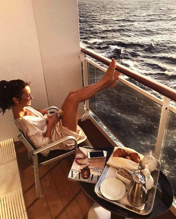 30 Easy Outfit Ideas on What to Wear on a Cruise for A Stylish Vacation